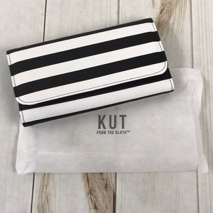 Kut from the Kloth Black & White Wallet NWT